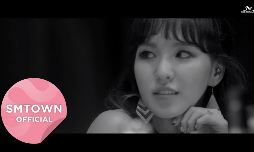Wendy Red Velvet Kencan Dengan Seorang Pria di Teaser MV 'Have Yourself A Merry Little Christmas'