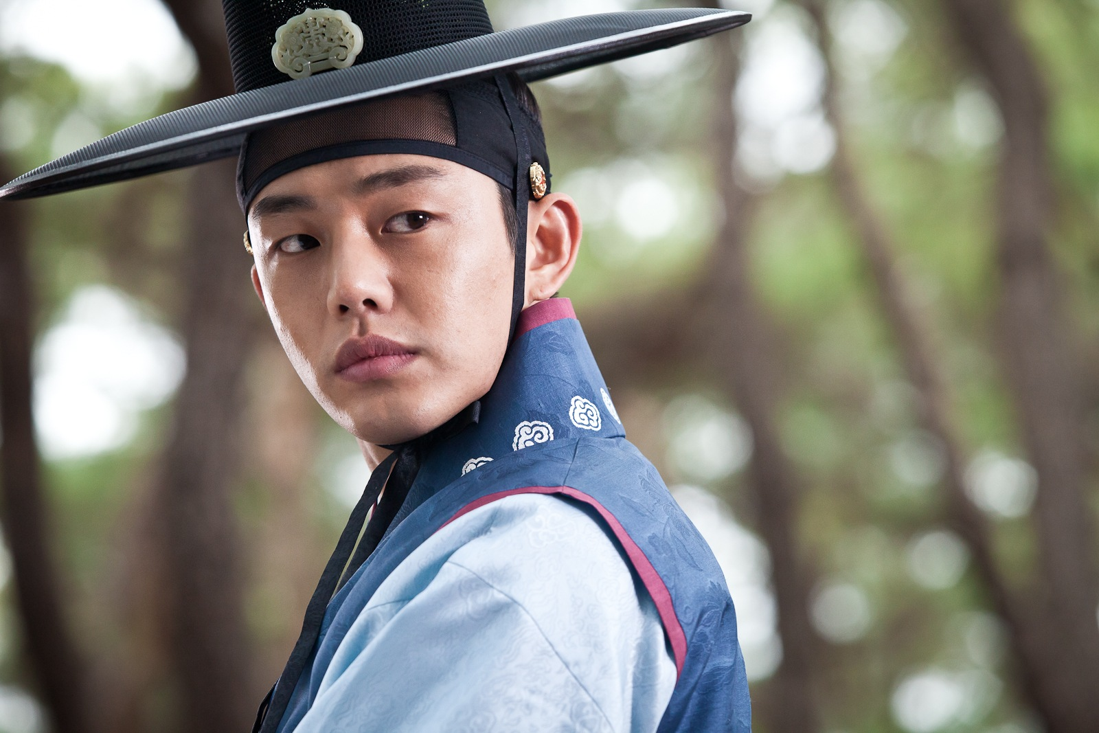 Yoo ah-in (secret love affair) and moon geun-young (goddess of fire jung-yi) have joined the p