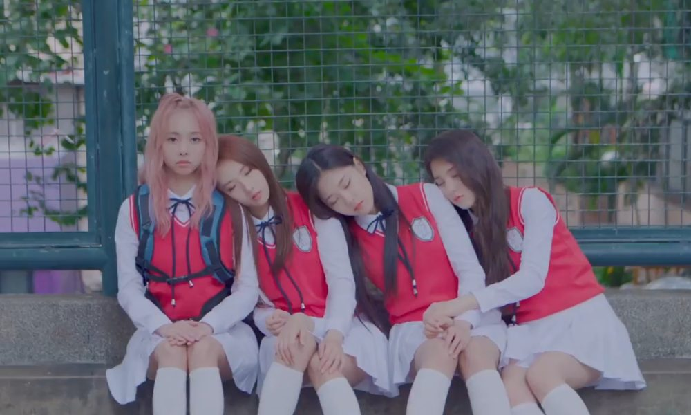 LOONA 1/3 Rilis MV Spesial Untuk Lagu 'You and Me Together'