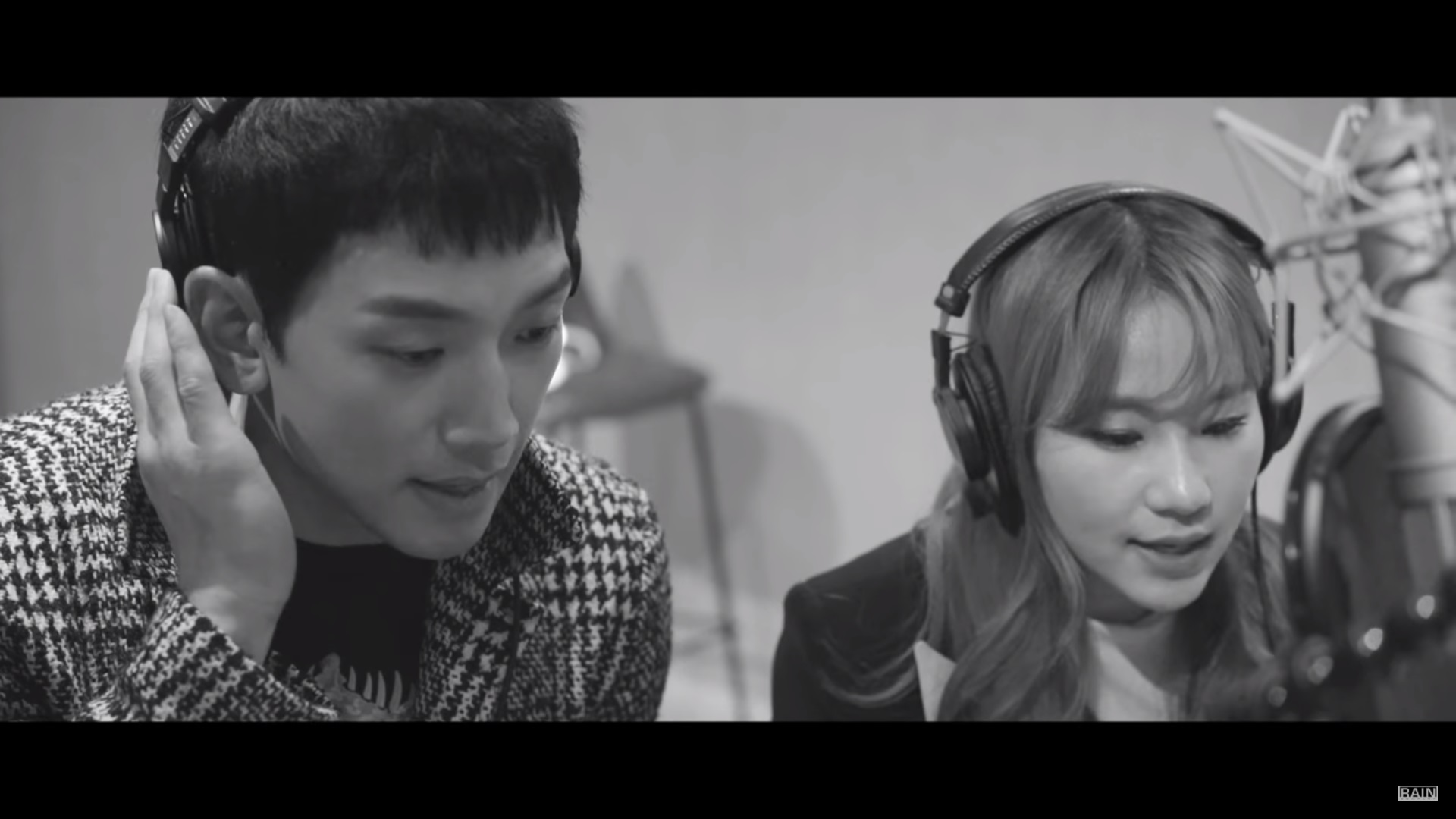 Rain Kolaborasi Bareng Jo Hyun Ah Urban Zakapa di MV Pra-Rilis 'Let's Break Up Today'