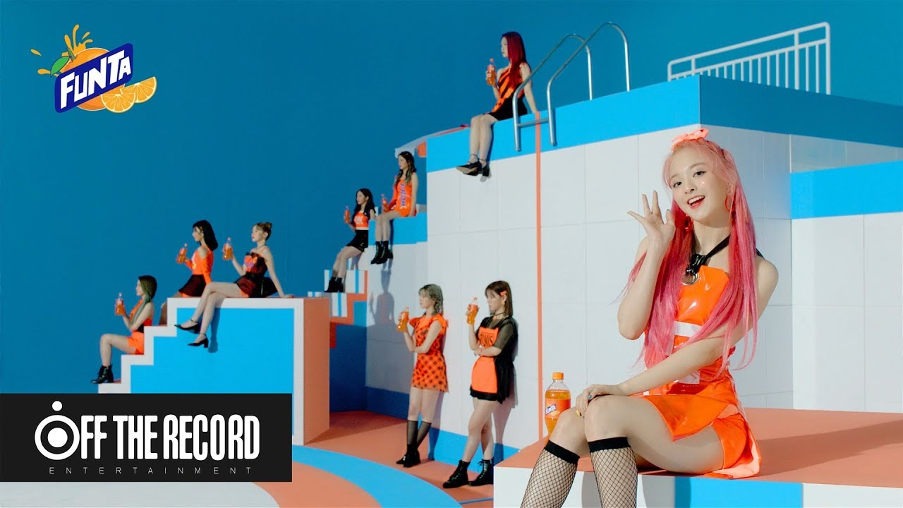 fromis_9 Bak Bintang Iklan Minuman Pada Video Prolog 'Fun Factory'