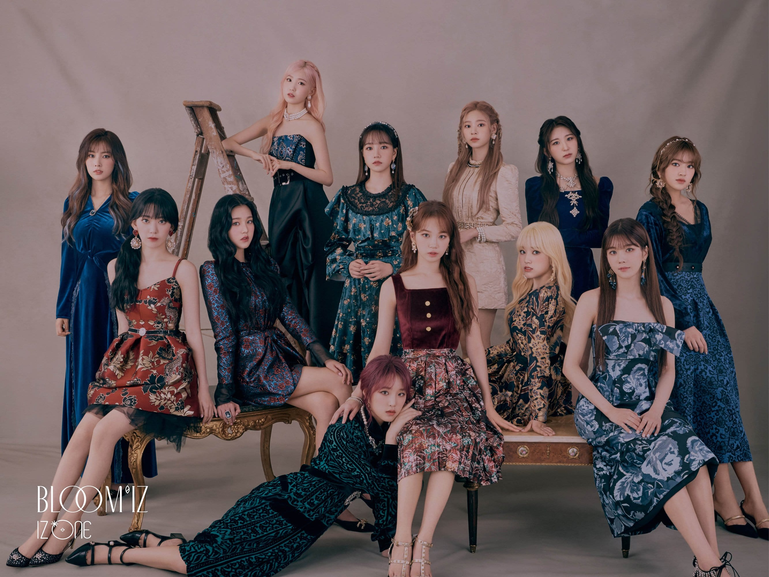 IZ*ONE Resmi Tunda Perilisan Album 'BLOOM*IZ'
