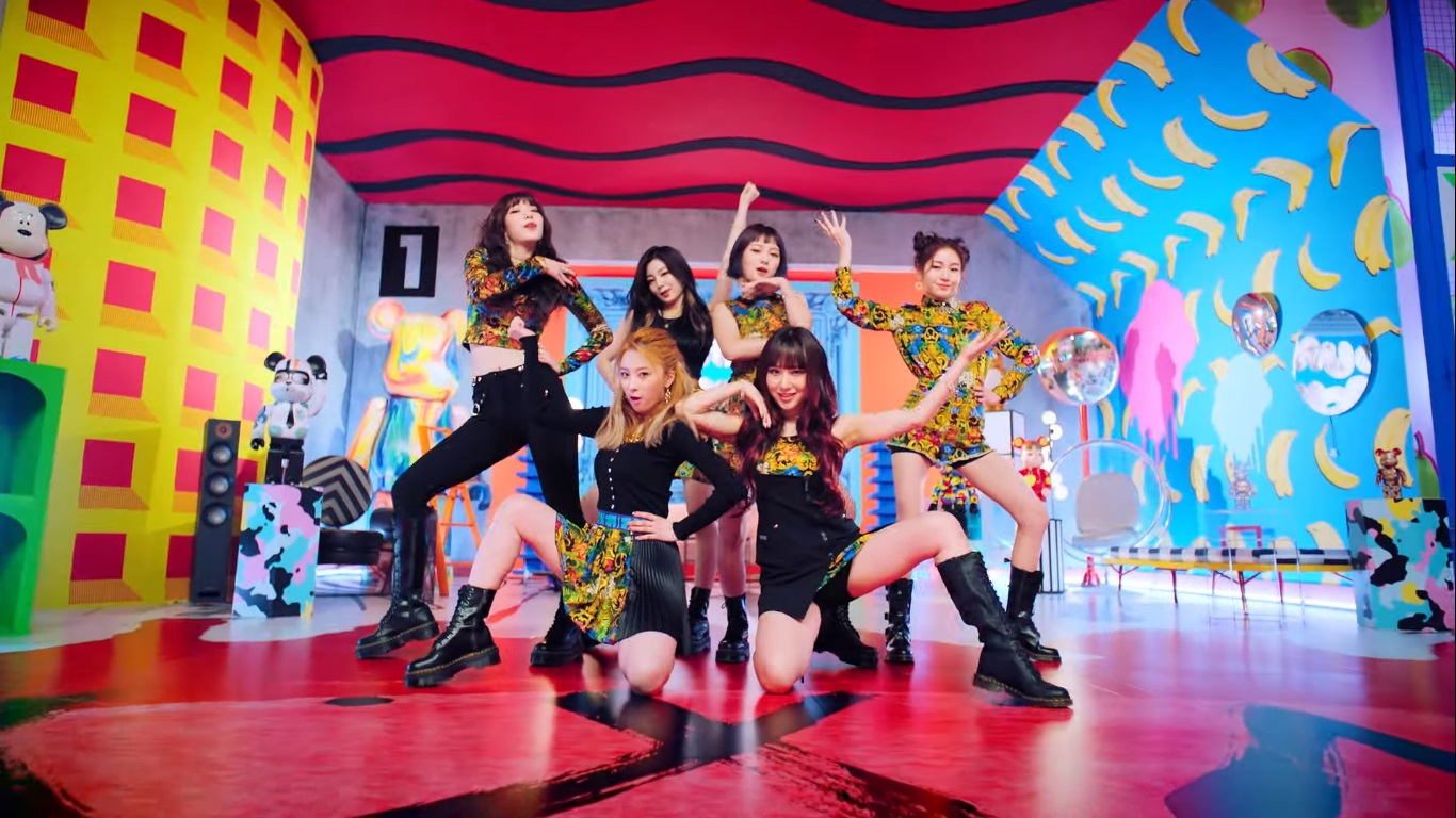 Rocket Punch Comeback Perdana Sejak Debut Lewat MV 'BOUNCY'