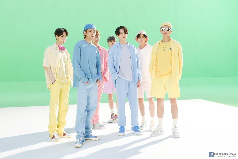 'Dynamite' BTS Raih Penghargaan Video Grup Terbaik di '2020 MTV Video Music Awards Japan'